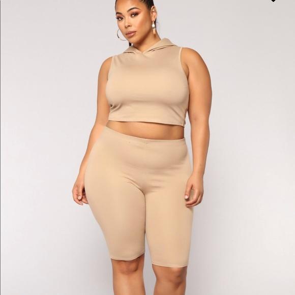 a03129087a0 Fashion Nova curve amber rose set
